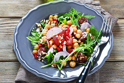 Chickpea Salad with Grapes and Nuts